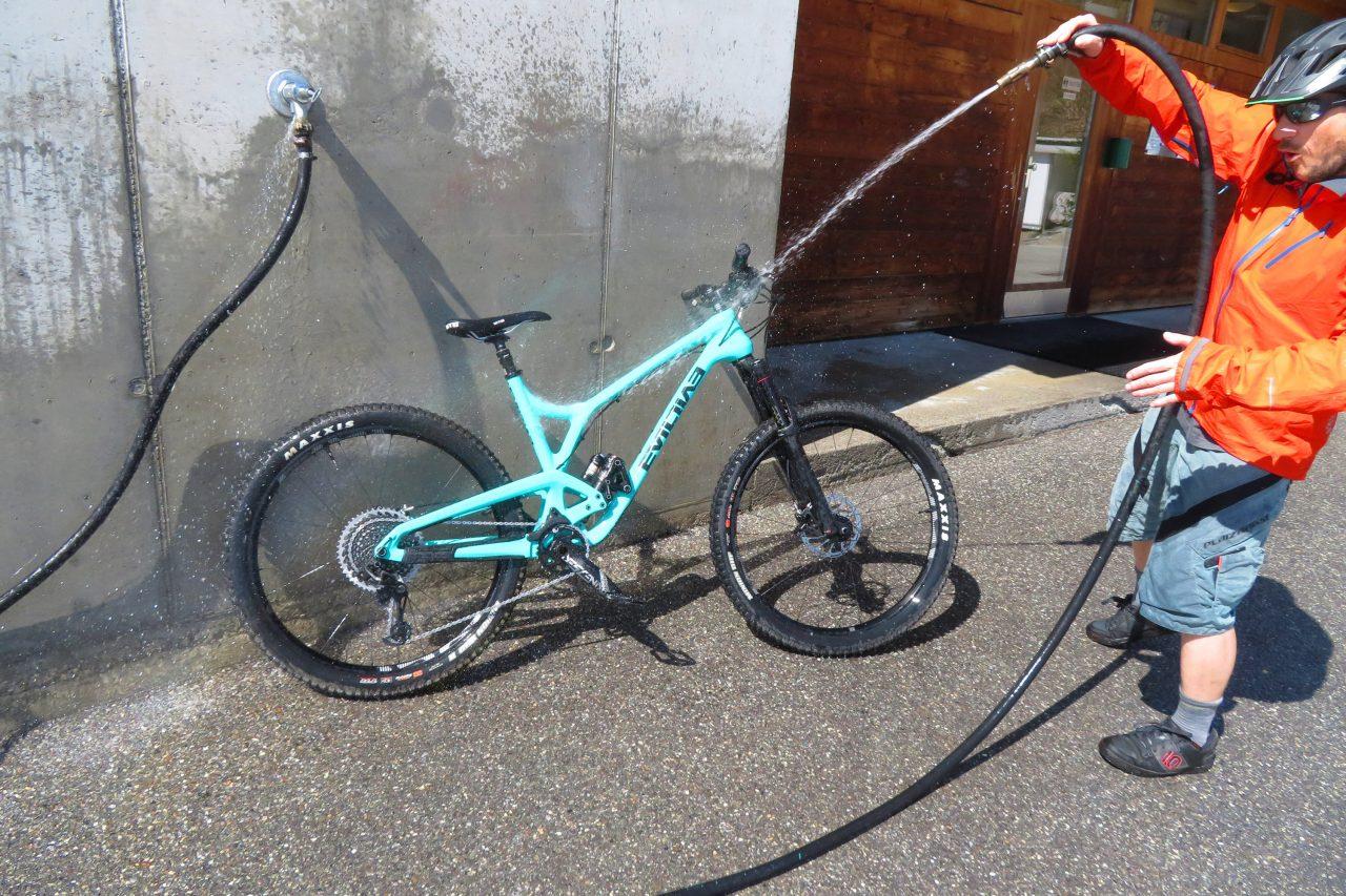 Bike Camping Flims Bike Wash