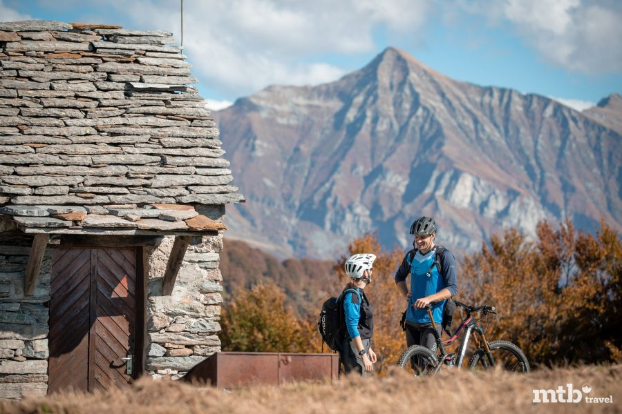 Granit Lago Maggiore Mountainbike Tour Hütte