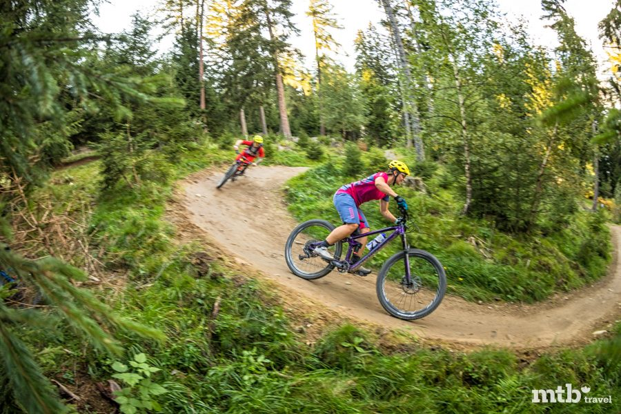 Bike Urlaub in Innsbruck Kurven Trail