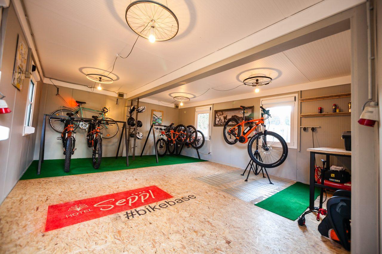 Mountainbike Hotel Seppl Bike Werkstatt 5