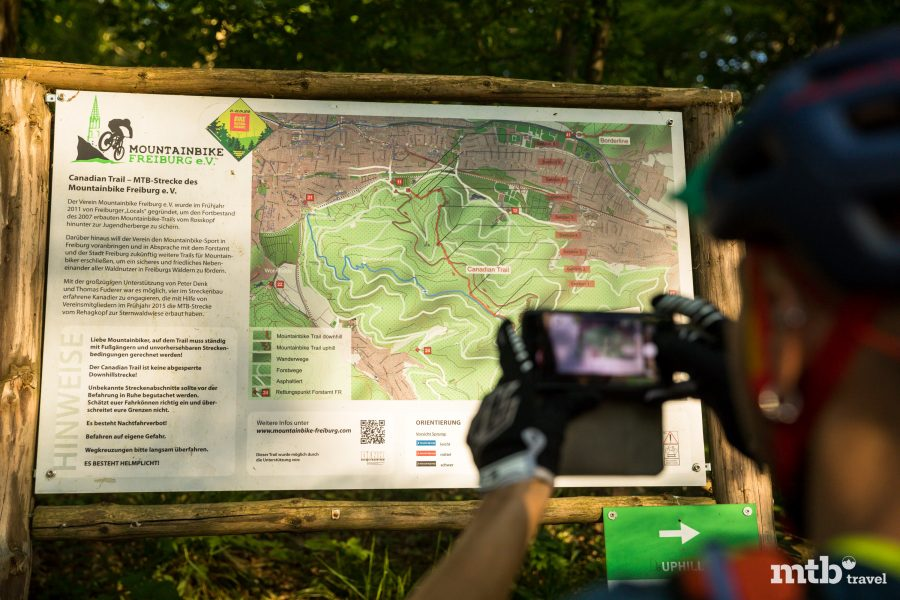 Mountainbiken Baden Württemberg Freiburg Borderline Trail Beschilderung