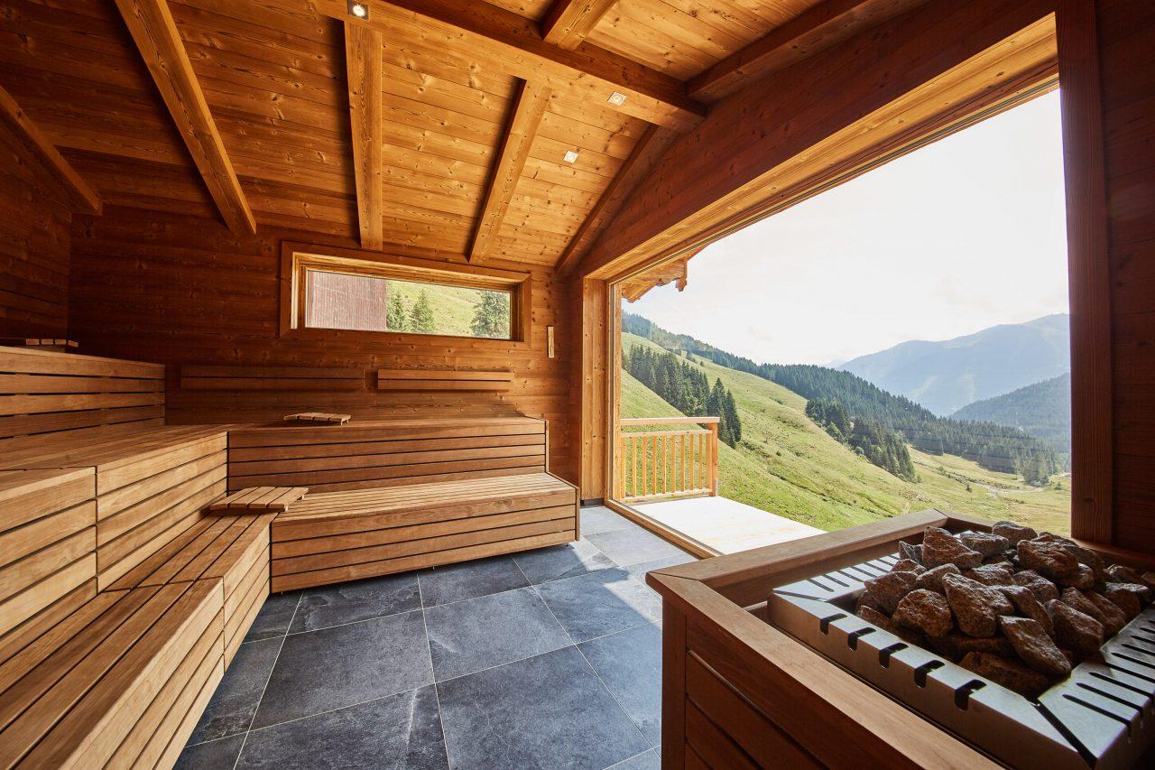 Bike Hotel Spielberghaus Sauna Panoramascheibe