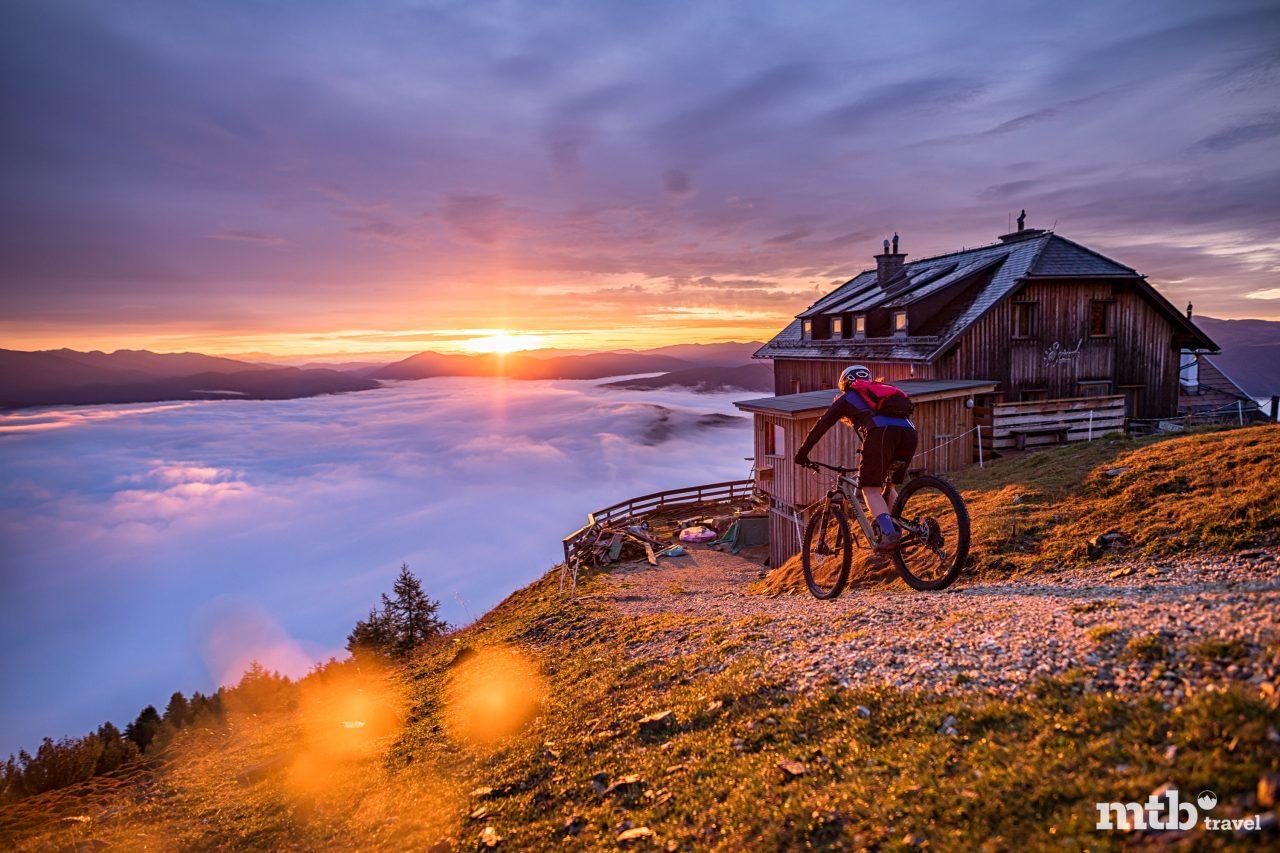 Bike Region Salzburger Lungau Speiereckhuette Sonnenaufgang