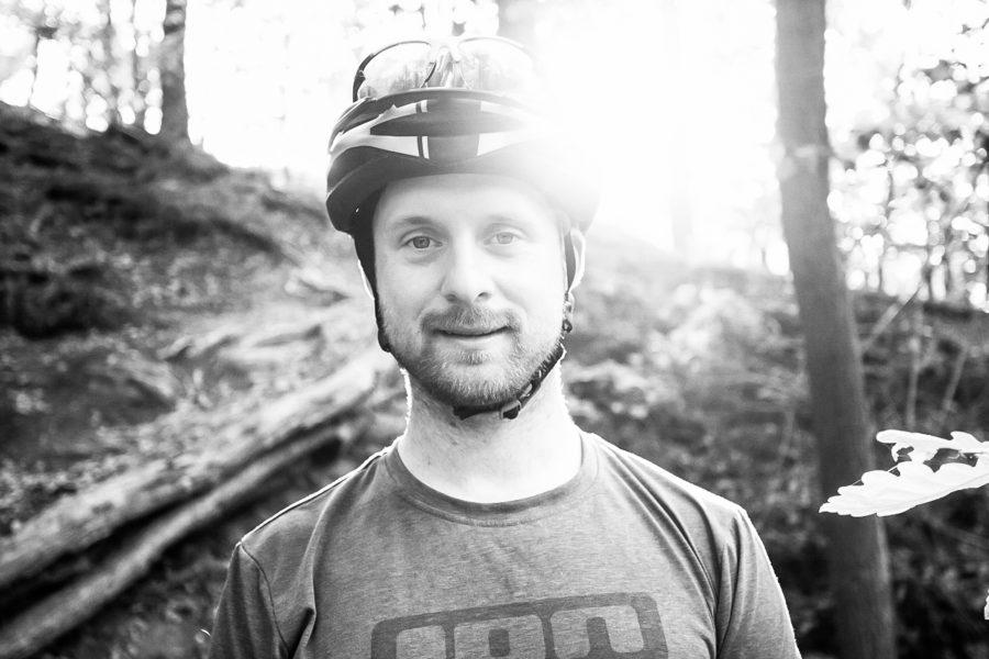 Fahrtechnik Basics für E Mountainbiker Marc Brodesser