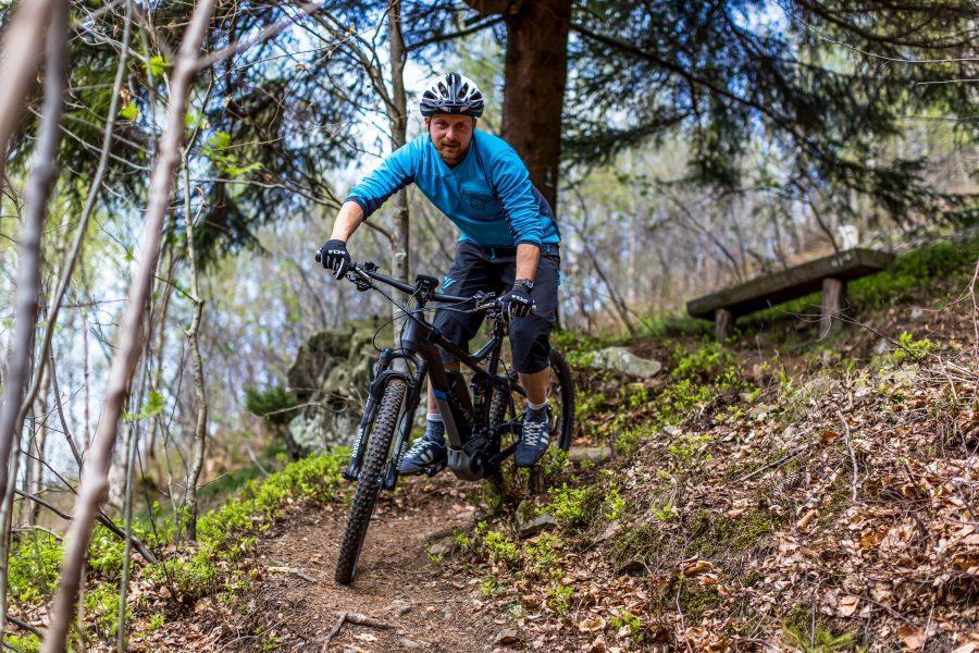 Fahrtechnik Basics für E Mountainbiker flüssig Fahren